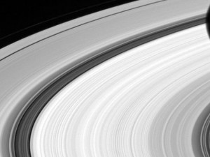 Feature-Image-Saturn-Rings
