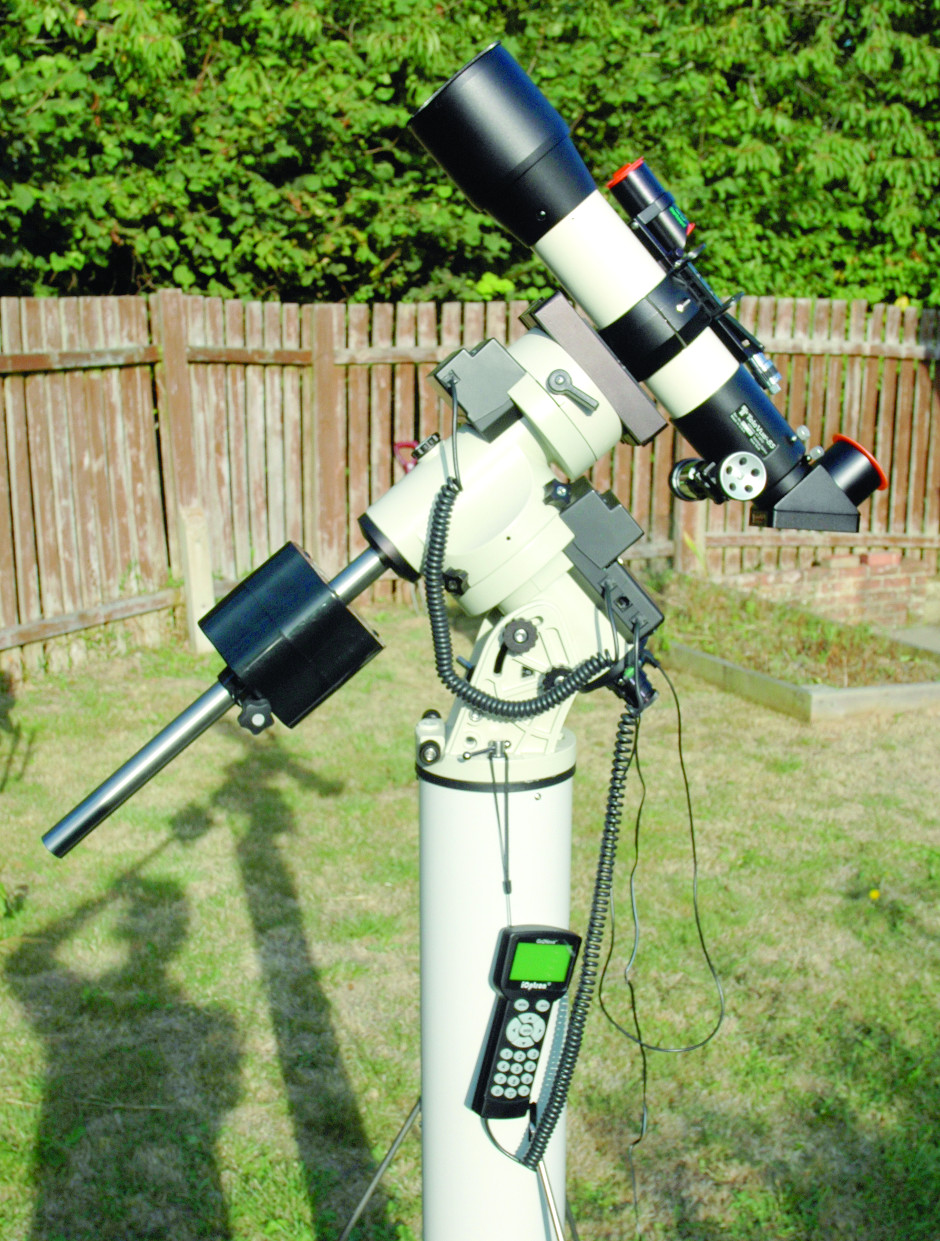 The iOptron iEQ45 can be used in either alt-az or equatorial modes. Image credit: Ninian Boyle