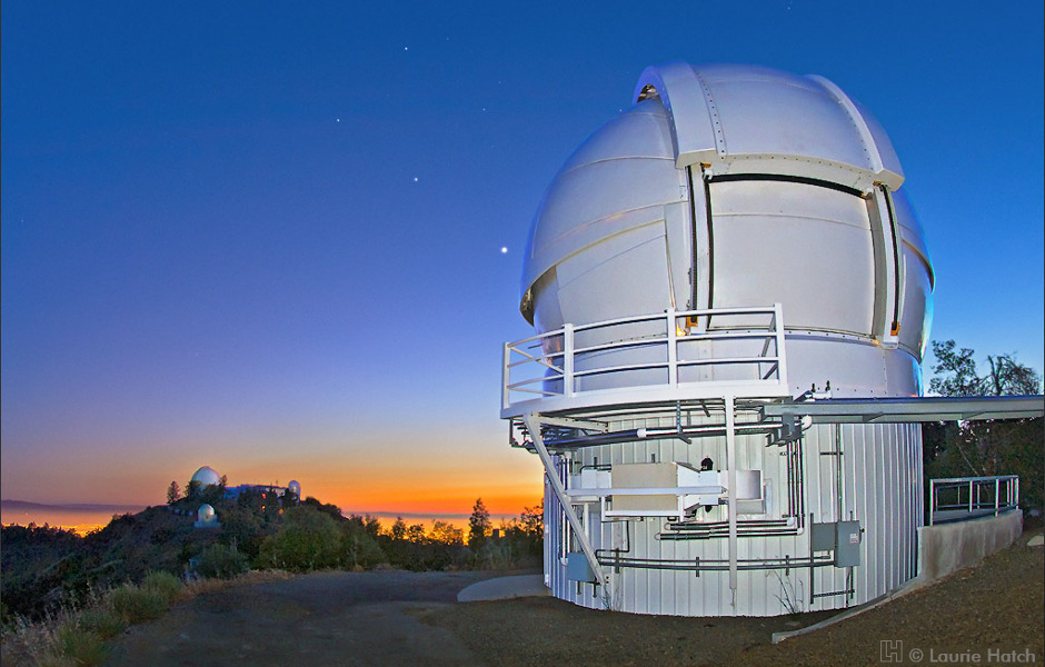 Venus appears bright in the sky just behind the 2.4-metre Automated Planet Finder dome at Lick Observatory. Fully robotic and equipped with a high-resolution spectrograph optimised for precision Doppler measurements, the APF telescope enables off-site astronomers to detect rocky planets of Earth-size masses within our local galactic neighbourhood. Image credit: Laurie Hatch.