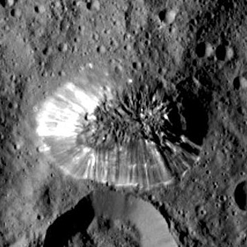 """A full resolution close-up of Ceres' four-mile-high """"Lonely Mountain"""" from the image above. Image credit: NASA/JPL-Caltech/UCLA/MPS/DLR/IDA."""