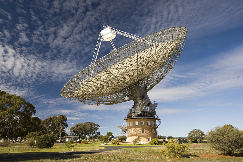 Parkes Observatory, just outside the central-west New South Wales town of Parkes in Australia, hosts the 64-metre Parkes radio telescope, one of the telescopes comprising CSIRO's Australia Telescope National Facility. Image credit: CSIRO / ICRAR.
