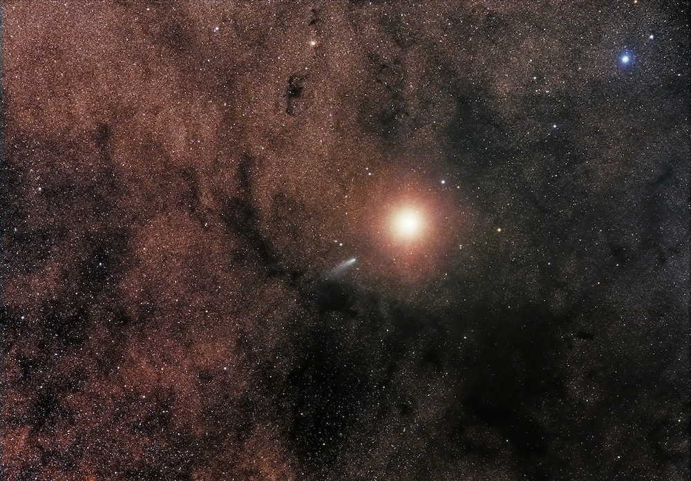 Sebastian Voltmer in Germany used the iTelescope at Siding Spring Observatory, Coonabarabran, New South Wales, Australia to capture Comet C/2013A1 passing very close to Mars on 19October 2014. He used their Takahashi FSQ ED refractor and SBIG STL11000M camera for four 120-seconds exposures; RGB 120-seconds (Bin 2). Image credit: © SebastianVoltmer.