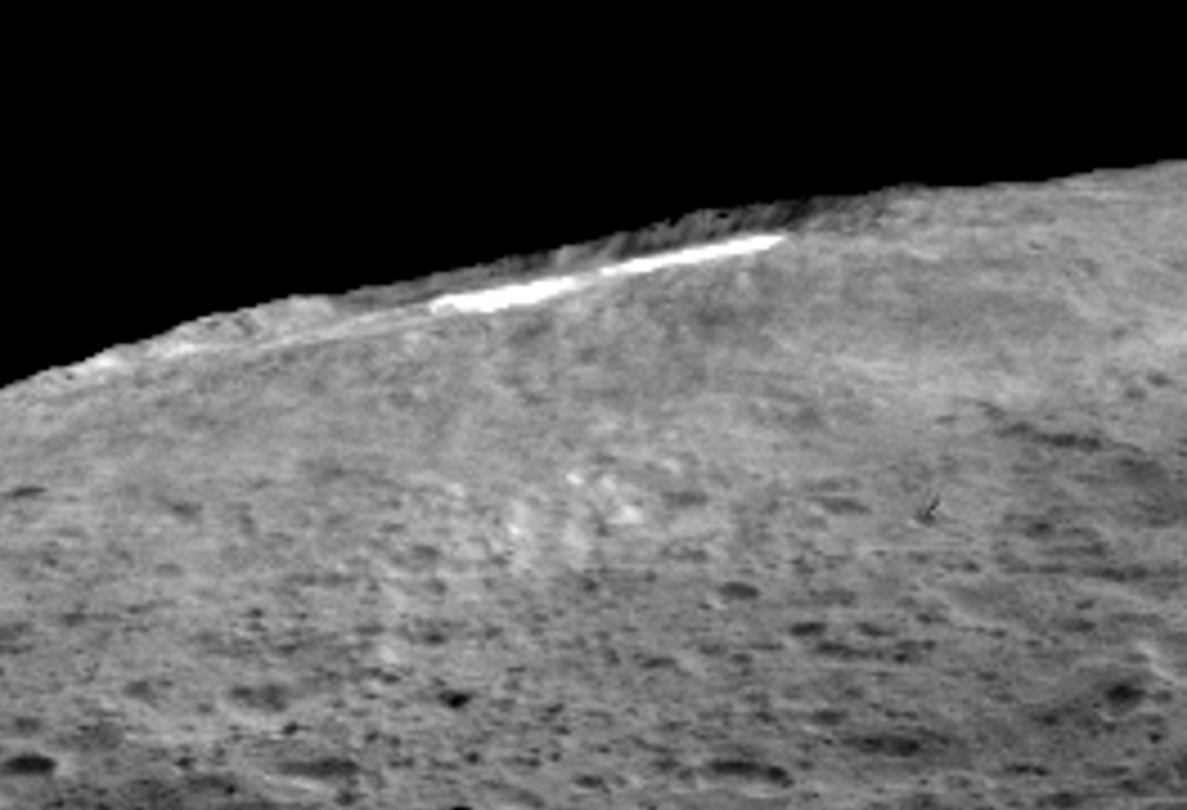 A group of scientists from NASA's Dawn mission suggests that when sunlight reaches Ceres' Occator Crater, a kind of thin haze of dust and evaporating water forms there. Image credits: NASA/JPL-Caltech/UCLA/MPS/DLR/IDA.