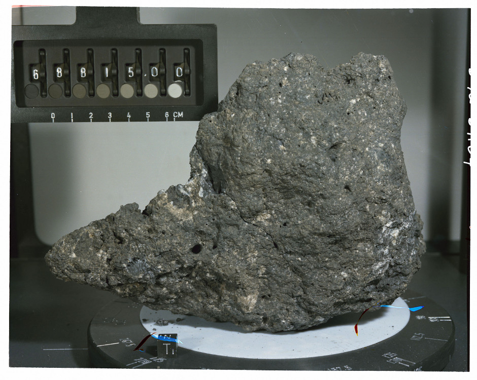 The UMD team examined the tungsten isotopic composition of two moon rocks collected by the Apollo 16 mission, including sample 68815, seen here. When corrected for meteoritic additions to Earth and the Moon after formation of the Moon, the two bodies were found to have identical Tungsten isotopic compositions. Image credit: NASA/JSC