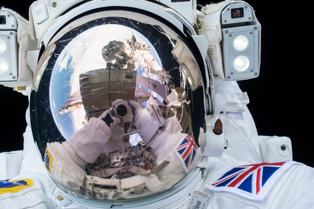 Tim Peake's Principia spacewalk – Astronomy Now