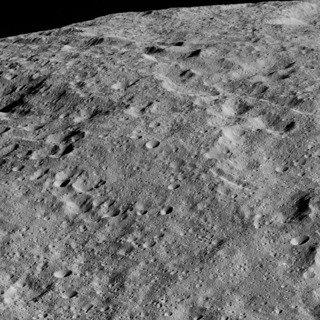Image: NASA/JPL-Caltech/UCLA/MPS/DLR/IDA.