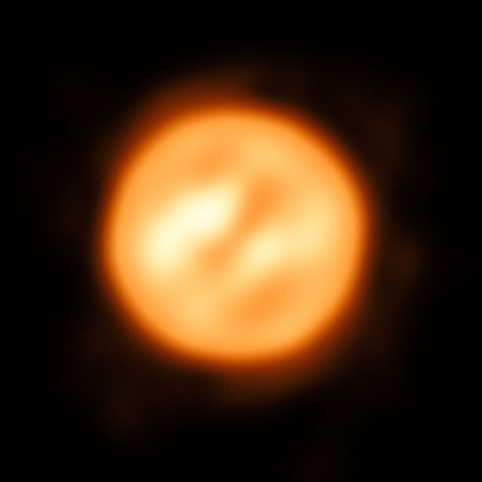 using esou0027s very large telescope astronomers have constructed this remarkable image of the red supergiant star antares